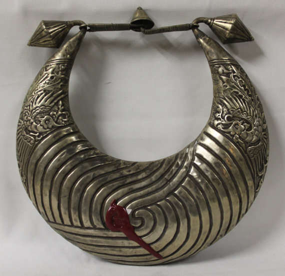 Tibet Necklace : Incredible Rare Silver Vintage Miao Hmong Ceremonial Collar Necklace from the Mountainous Region of Tibet #428