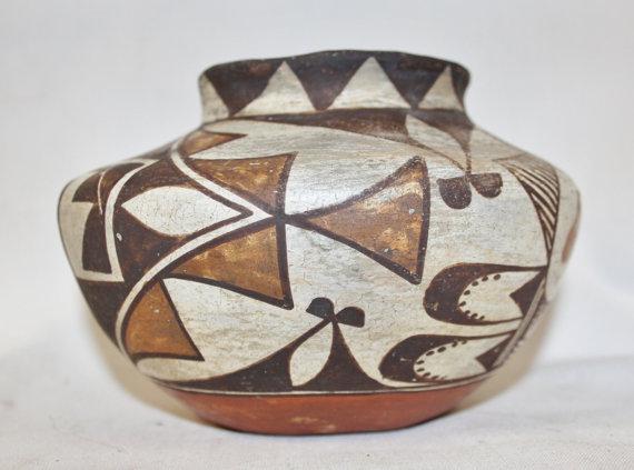 Acoma Pottery Handmade : Native America Small Acoma Pottery Polychrome Olla #248