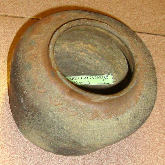 A Very Fine and Old Terra Cotta Jar from the Kinh (Viet) People Northern Viet Nam, 13th-14th Century, 396