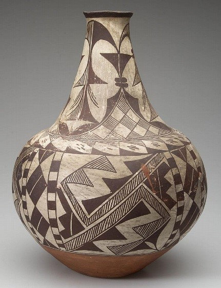 Pottery Jar : Native American Acoma Pottery Jar #30