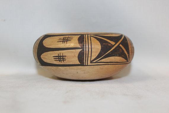 Vintage Pottery Bowl : Very Nice Small Vintage Hopi Pottery Bowl #281 c.