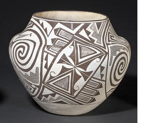 Acoma Jar : by Marie Z. Chino #194