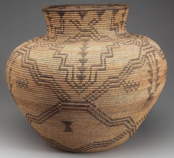 Apache : Supurb Native American Western Apache Olla Coiled Basket #26
