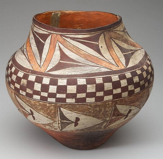 Native American Pottery : Native american Acoma or Laguna pottery Olla #29