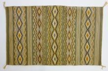 Navajo Rug : Native American Very Fine Navajo Rug/Weaving Ca. Mid 20th Century #661