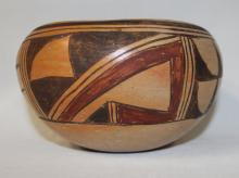 Pueblo Pottery : Traditional Designed Hopi Polychrome Bowl