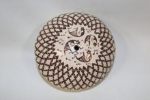 Seed Pot : Very Fine, Native American Acoma Seed Pot