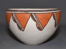 Acoma Pottery : Very Good Acoma Pottery Bowl by Lucy Lewis