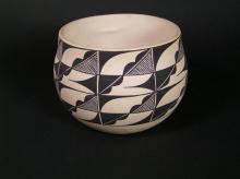 Vintage Pottery : Fine Vintage Acoma Pottery Bowl signed BD #316
