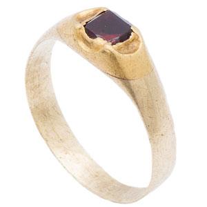 Renaissance Gemstone Ring