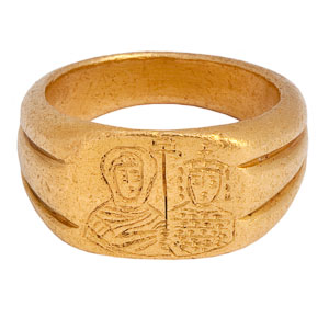 Byzantine Ring with Portrait Busts of an Imperial Couple: NO RESERVE
