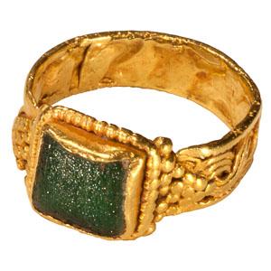 Roman Green Glass Ring