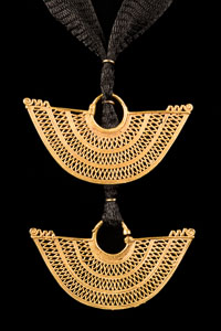 Pre-columbian tiered Gold Necklace