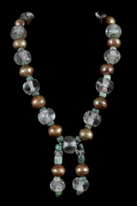 Important Pre-columbian Chavin Necklace