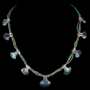 Important Pre-columbian Moche Rock Crystal Necklace