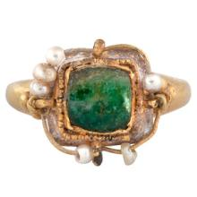 Islamic Emerald and Pearl Ring