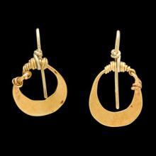 Rare Sumerian gold earrings