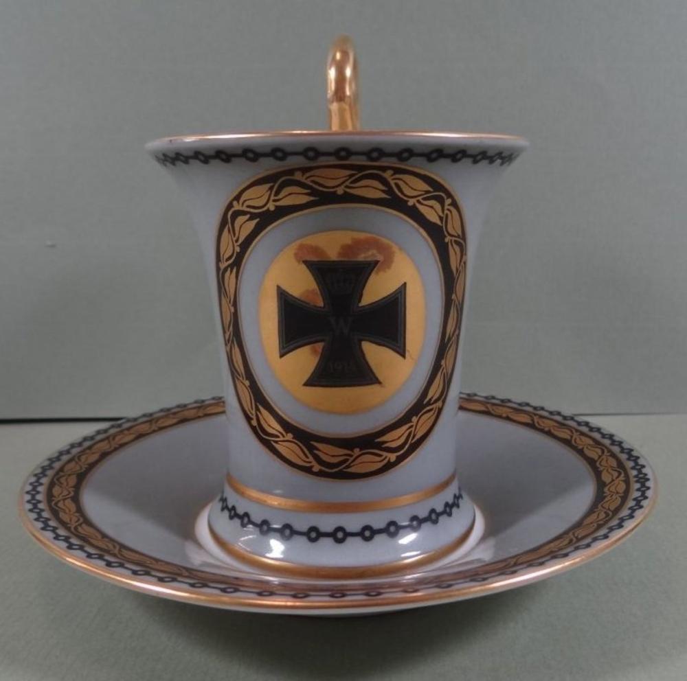 Tasse mit Untertasse, mit Deutschem Kreuz, dat. 1914-15