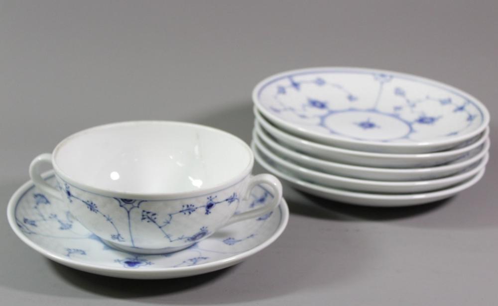 6x Suppentassen mit U.T., Bing und Gröndahl, Ble malet