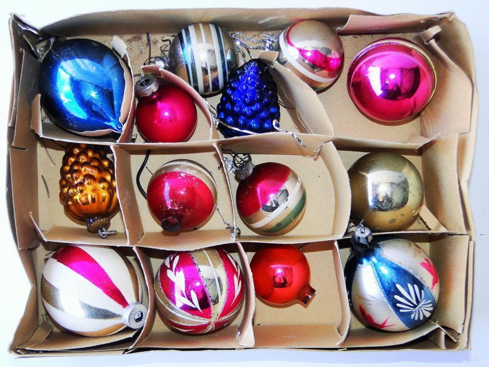 MISC. BOX CHRISTMAS ORNAMENTS