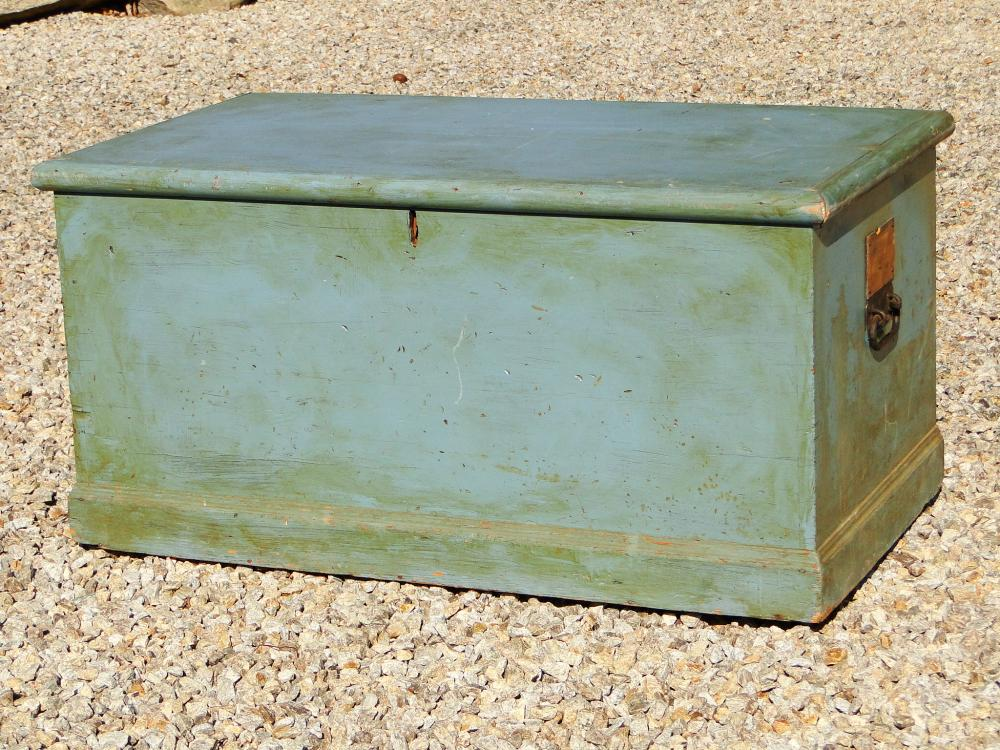 18TH C BLUE PAINTED BLANKET BOX