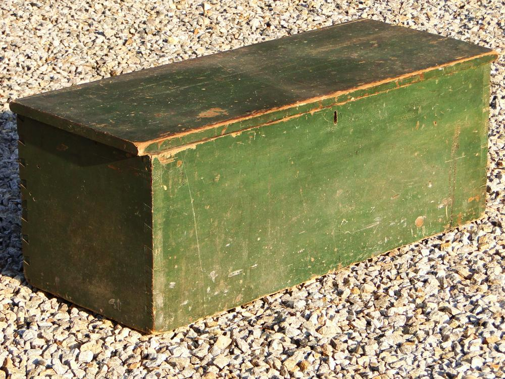 18TH C GREEN PAINTED BLANKET BOX