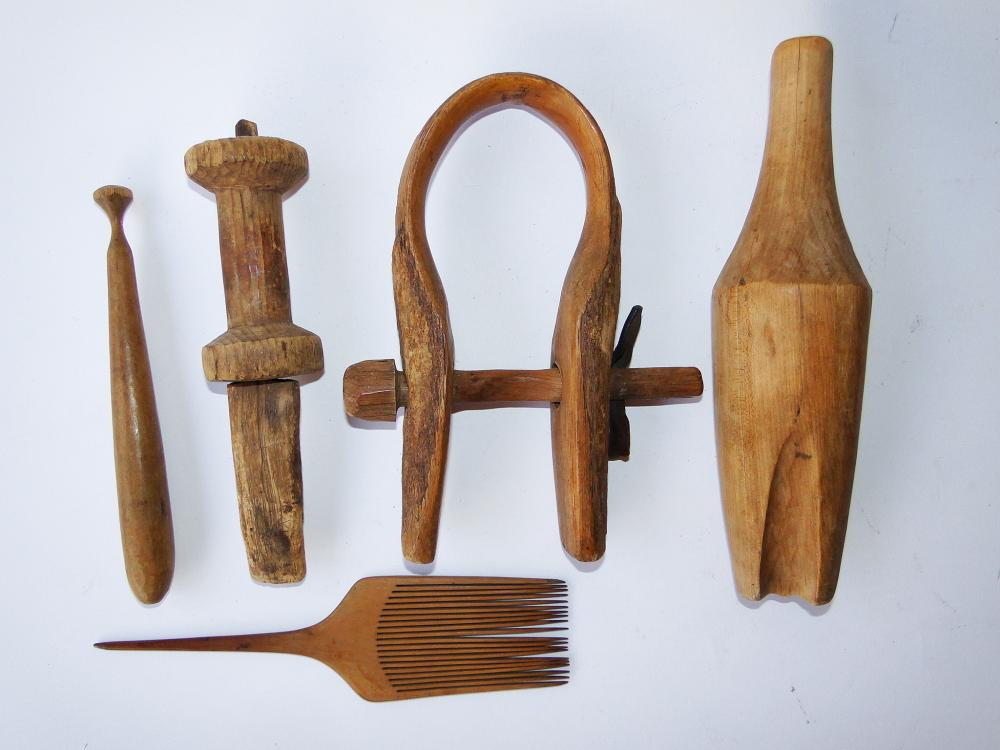 TRAY LOT WOODENWARE