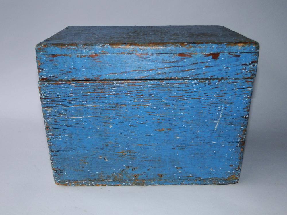 19TH C BLUE PAINTED KEEPSAKE BOX