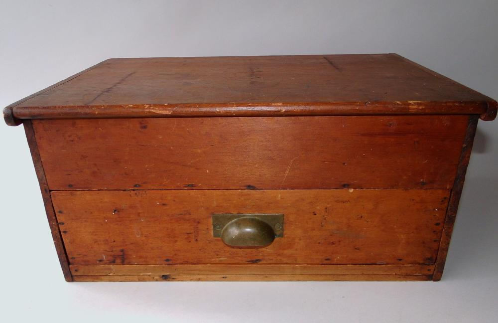 19TH C COUNTRY VALUABLES BOX WITH DRAWER