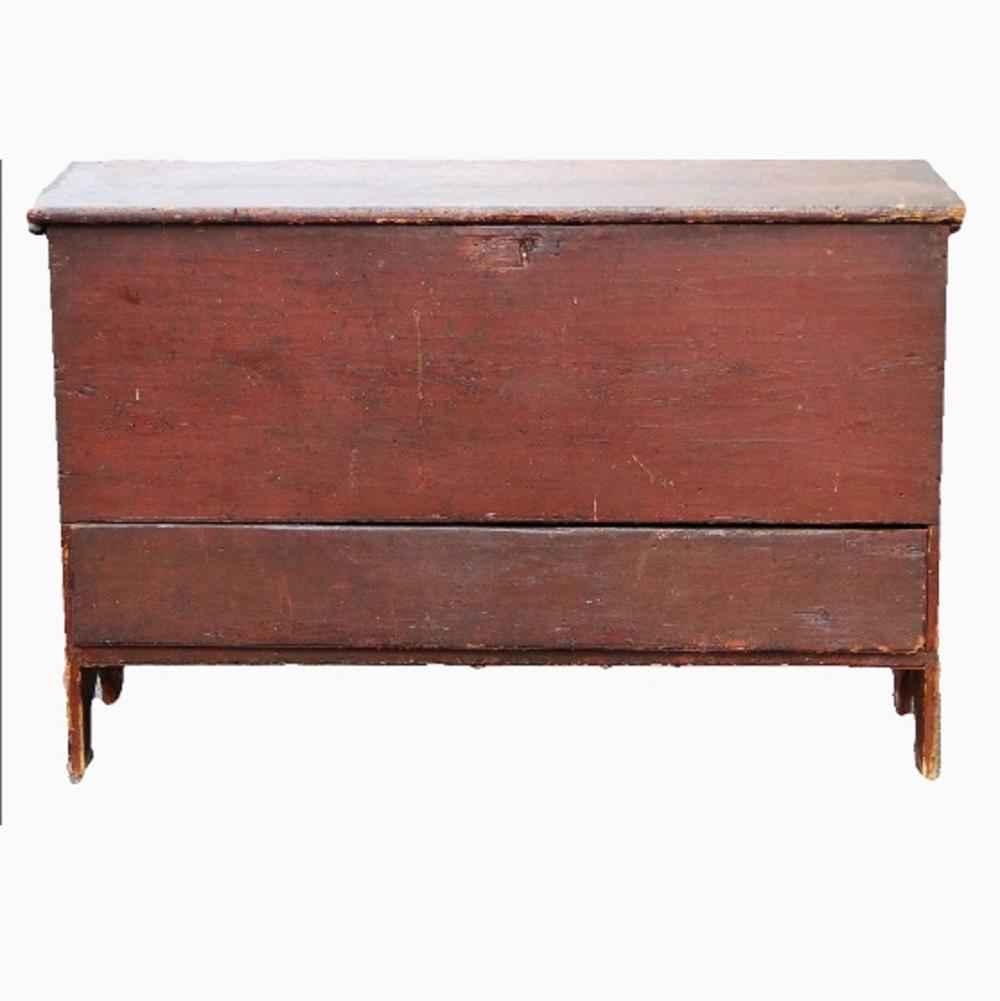 18TH C RED PAINTED ONE DRAWER BLANKET CHEST