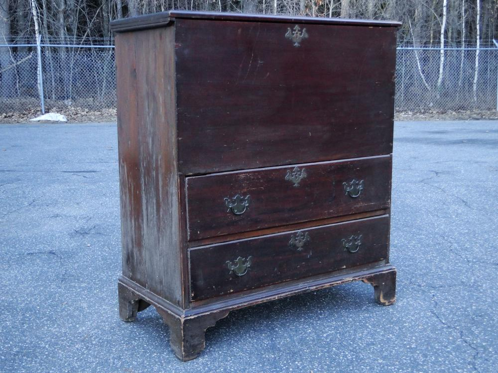 EARLY 18TH C TWO DRAWER BLANKET CHEST