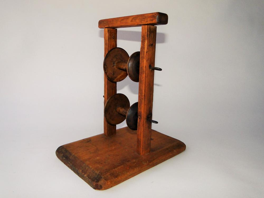 18TH C YARN SPOOL WINDER