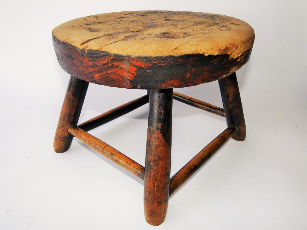 18TH C ROUND TOP FOOT STOOL