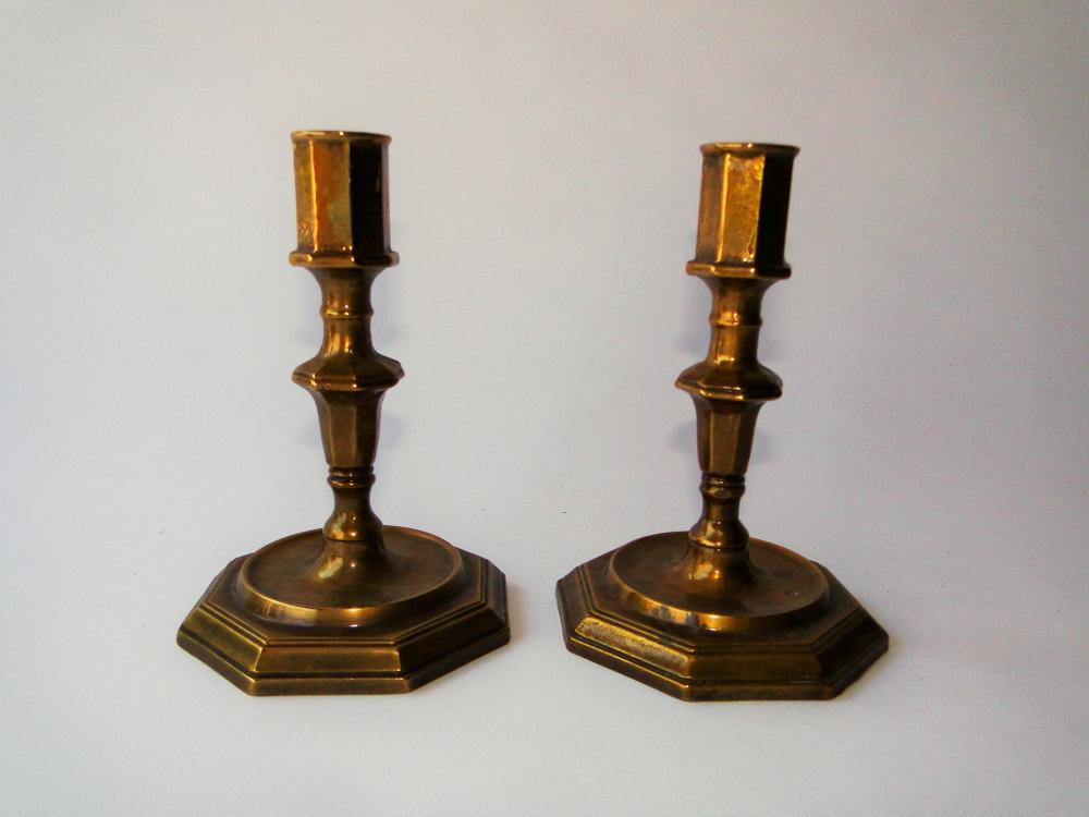 PAIR 18TH C BRASS CANDLESTICKS