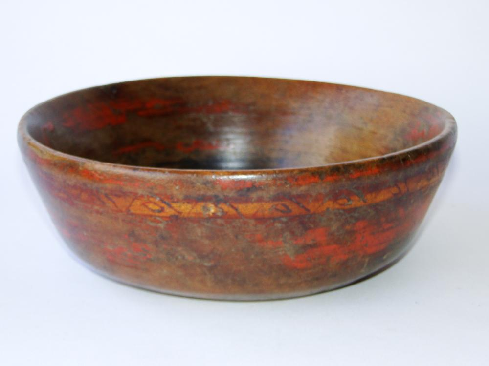 EARLY PILGRIM CENTURY WOOD BOWL