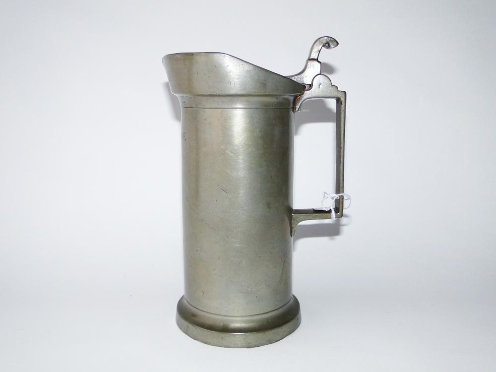 C. 1800 COVERED PEWTER MEASURE