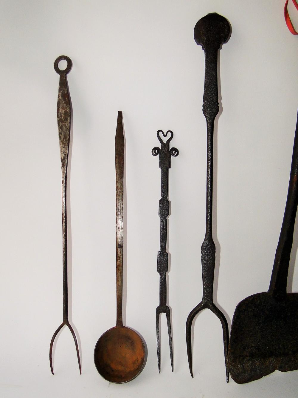LOT FIVE 19TH C COOKING ITEMS