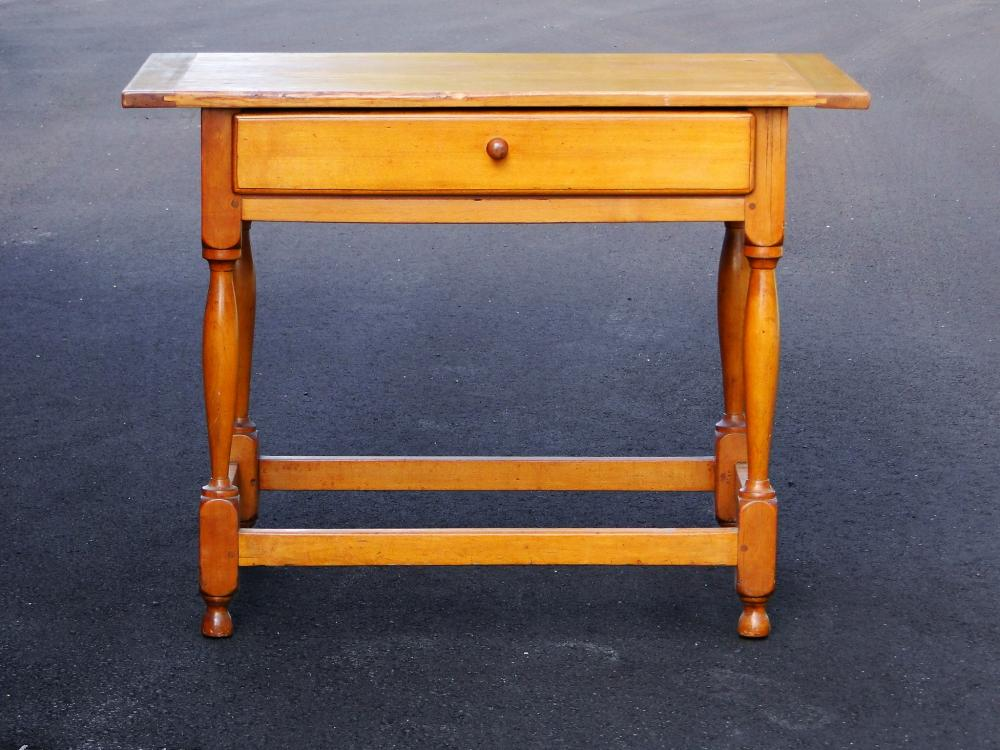 18TH C TAVERN TABLE