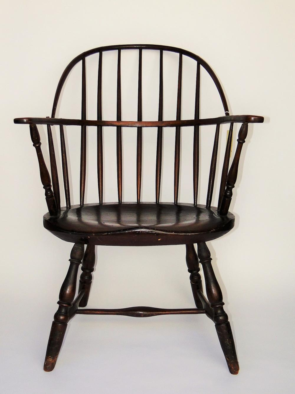 18TH C BOWBACK WINDSOR ARMCHAIR