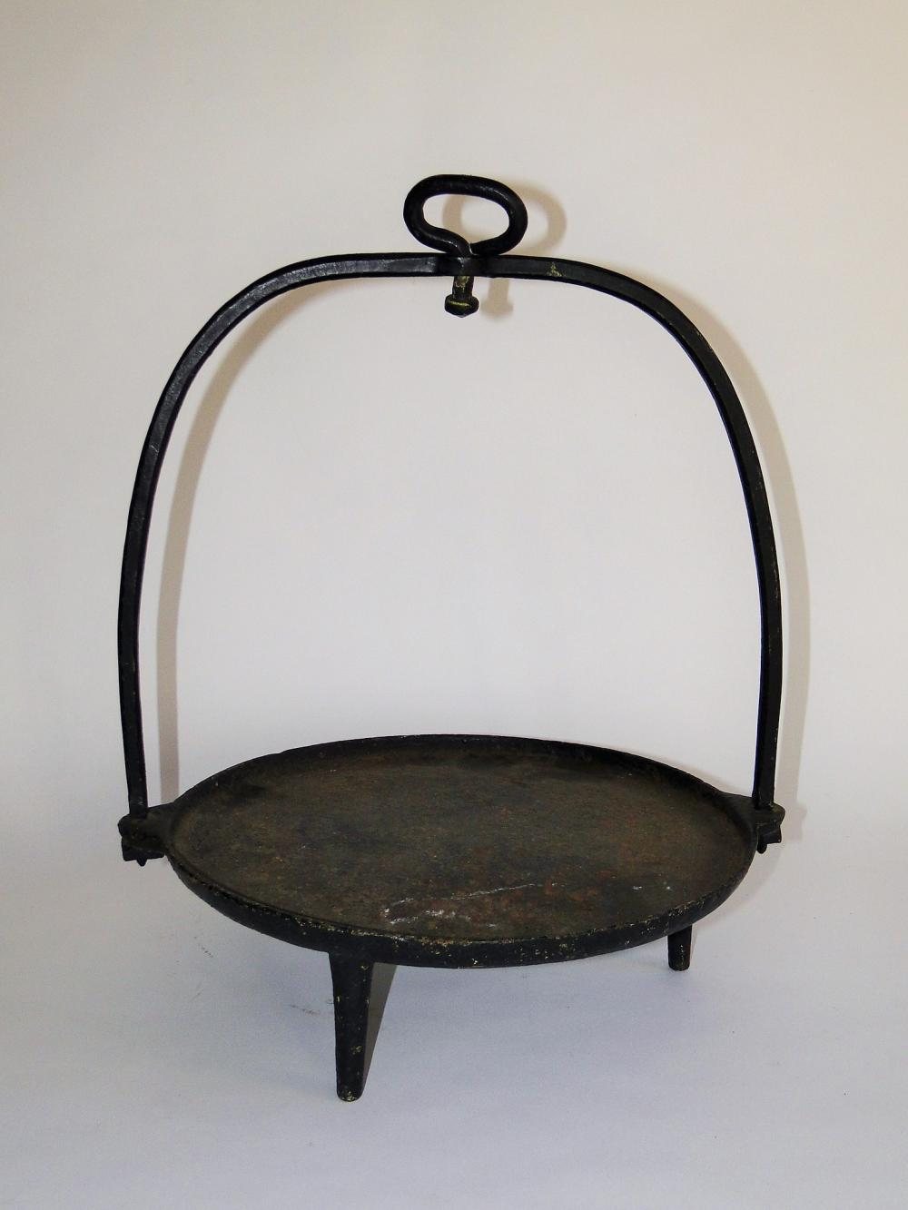 18TH C IRON FORGED GRIDDLE