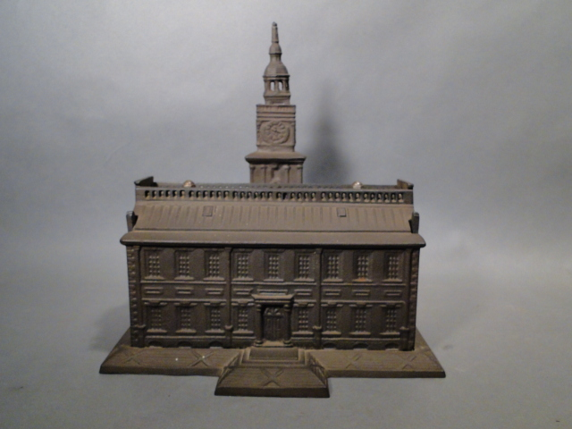 LARGE INDEPENDENCE HALL CAST BANK