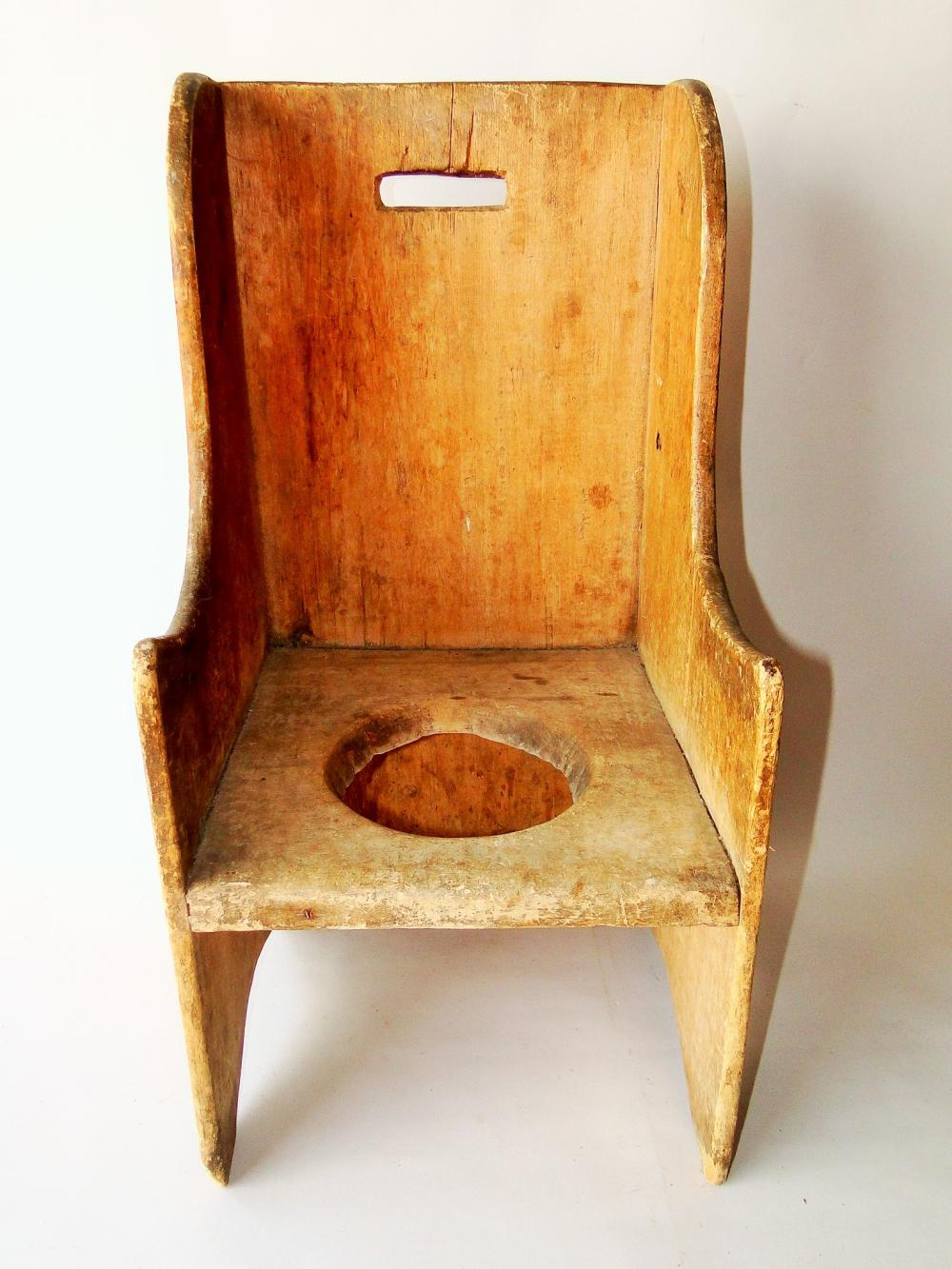Lot 11: 19THC CHILD'S NECESSARY CHAIR
