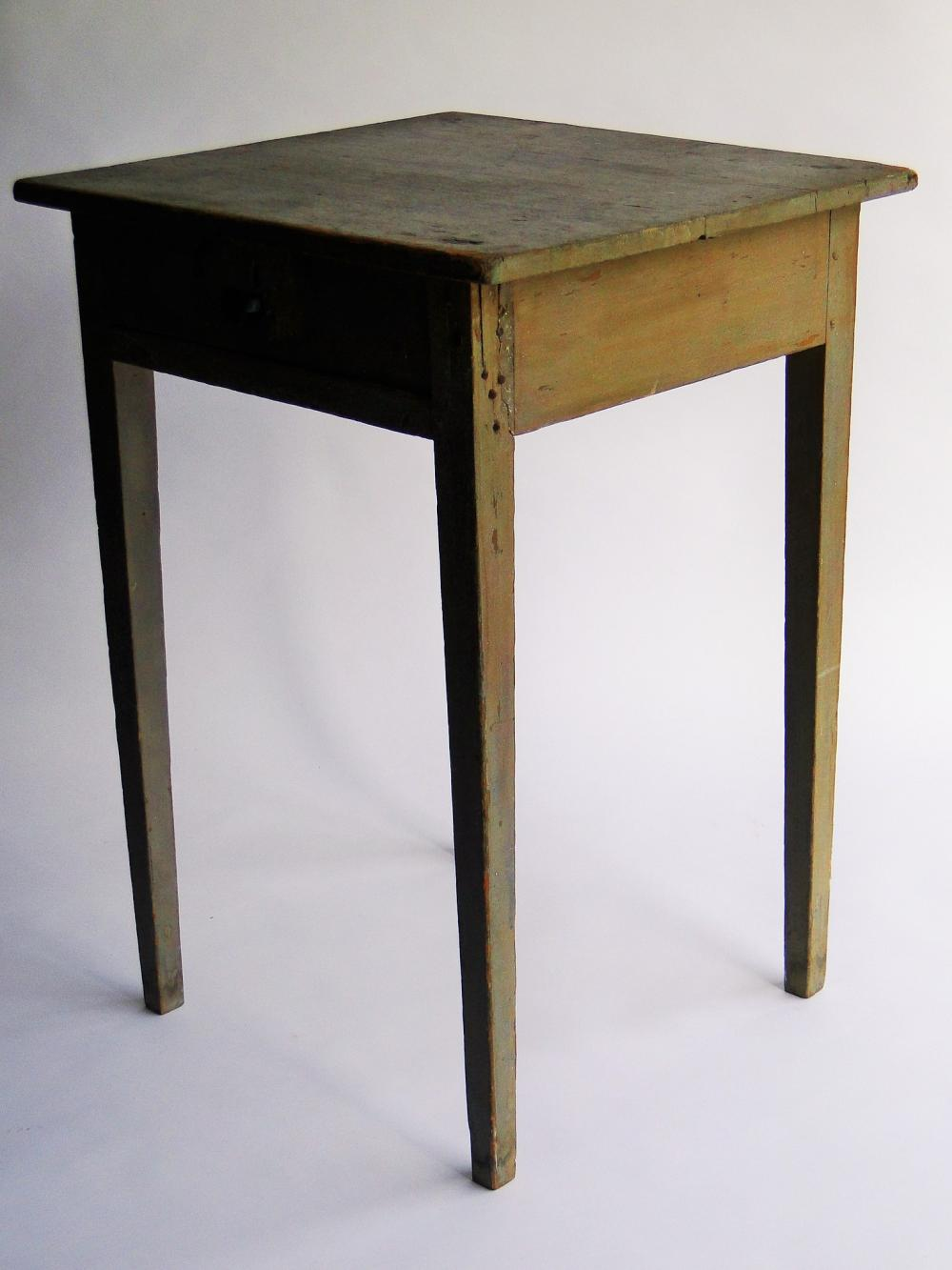 Lot 12: 19TH C ONE DRAWER STAND