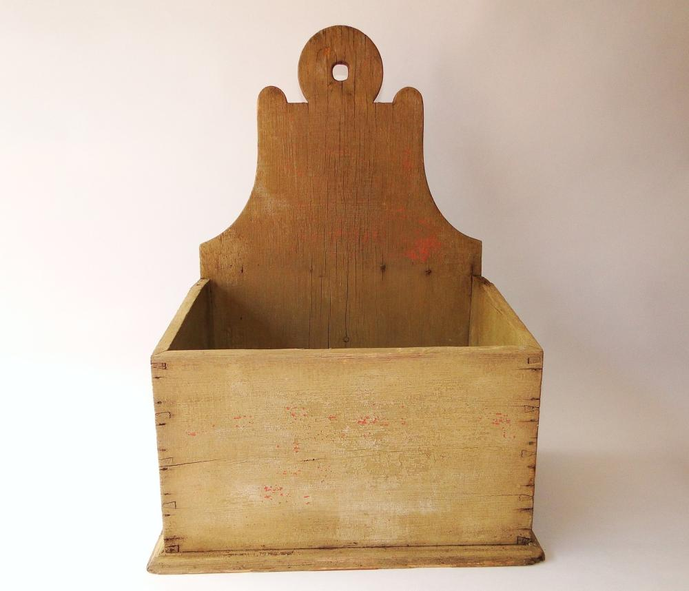 PRIMITIVE PAINTED CARVED WALL BOX