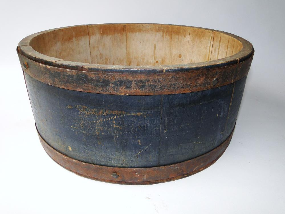 19TH C BLUE PAINTED MEASURE
