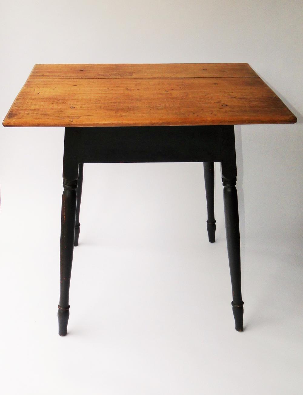 Lot 82: 18TH C QUEEN ANNE TAVERN TABLE