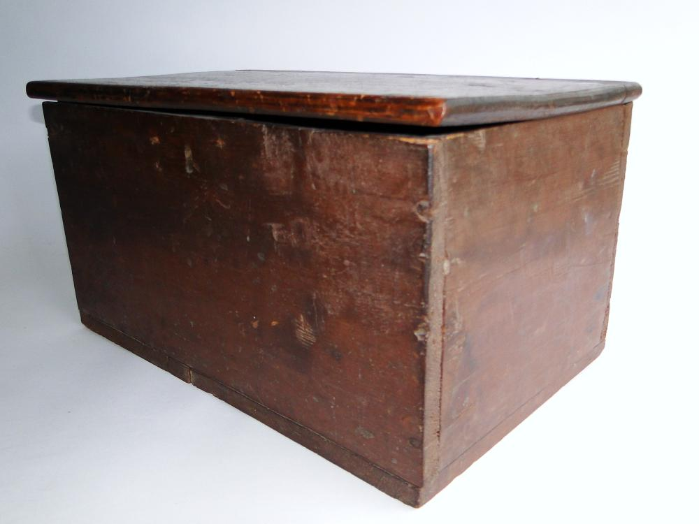 Lot 105: 18TH C PAINTED DOCUMENT BOX