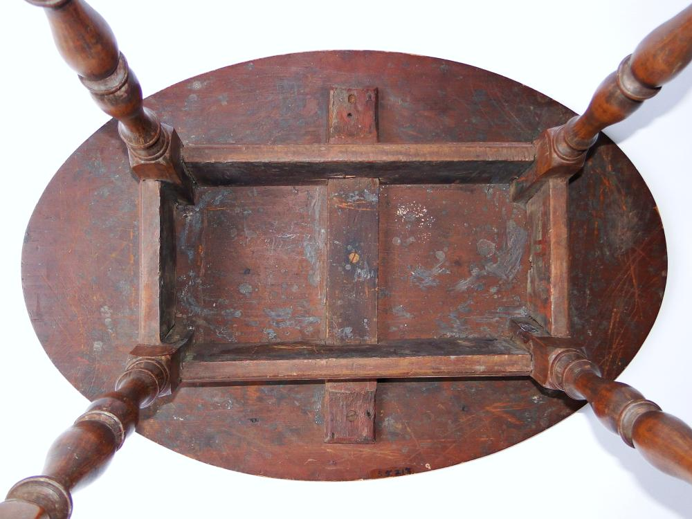 Lot 117: EARLY 18TH C WILLIAM AND MARY TAVERN TABLE