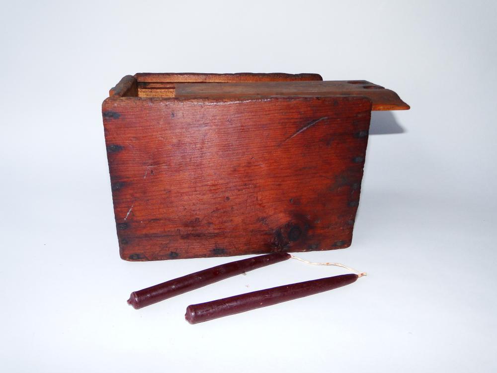 19TH C PRIMITIVE CANDLE BOX