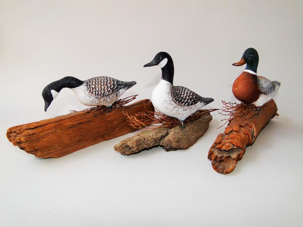 LOT L W STEVENS CARVED BIRDS
